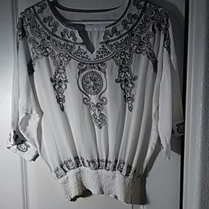 SOLITAIRE EMBROIDERED BOHO TOP